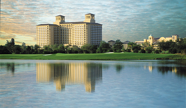 The Ritz-Carlton Orlando, Grande Lakes: Lake and Exterior View