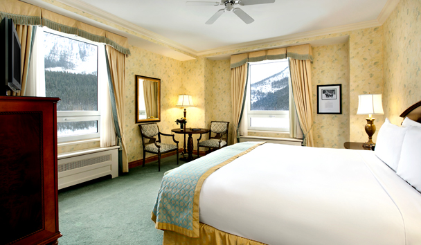 Fairmont Chateau Lake Louise: Deluxe Room