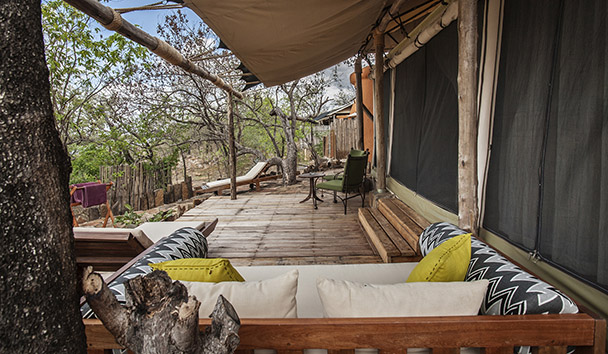 Azura Selous: Zebra Tented Villa Outdoor Deck