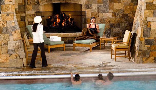 Four Seasons Resort and Residences Vail: Pool Bar