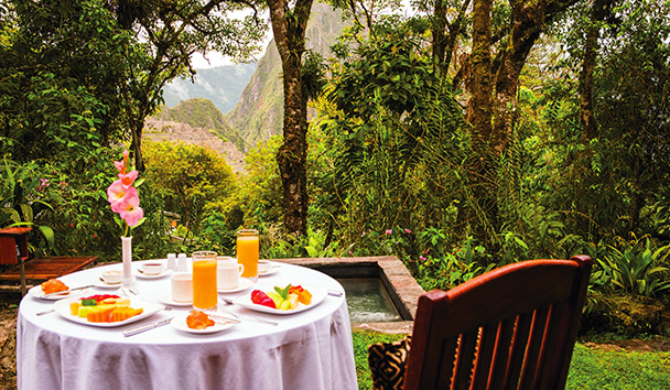 Belmond Sanctuary Lodge: Tampu Restaurant overlooking Machu Picchu