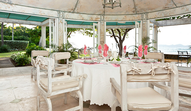 Sea Star: Dining Room