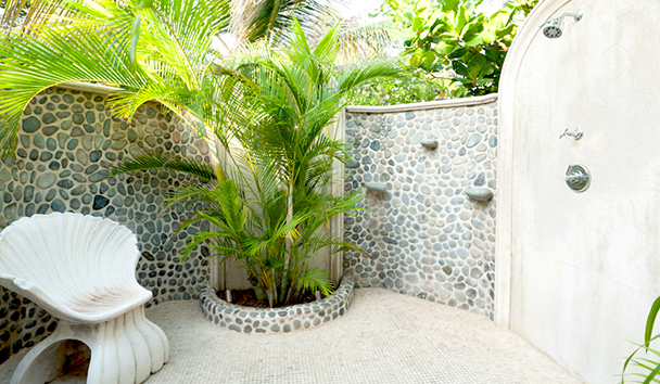 Sea Star: Outdoor Shower