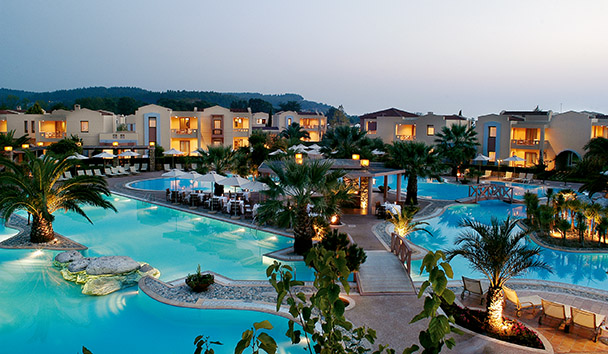 Porto Sani: Main Swimming Pool and Suites