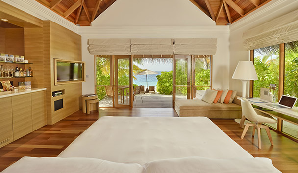 PER AQUUM Huvafen Fushi: Beach Bungalow with Pool
