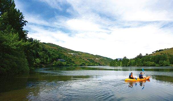 Six Senses Douro Valley: Kayaking on Douro River