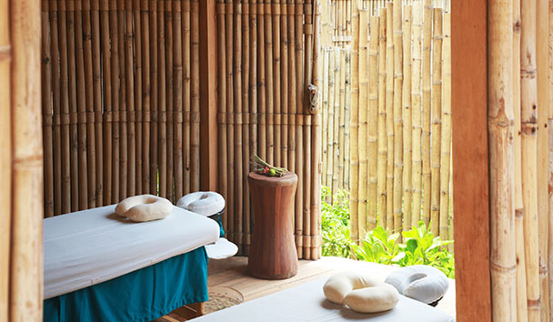Six Senses Con Dao: Outdoor Spa Sala at Six Senses Spa