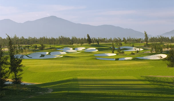 Four Seasons Resort The Nam Hai, Hoi An: Golf Course
