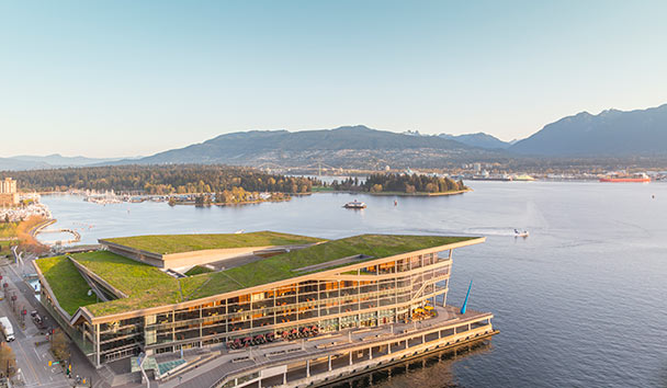 Fairmont Waterfront Hotel