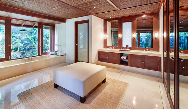 COMO Shambhala Estate: Gesing Kanila Master Bedroom Ensuite