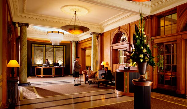 The Gleneagles Hotel: Lobby