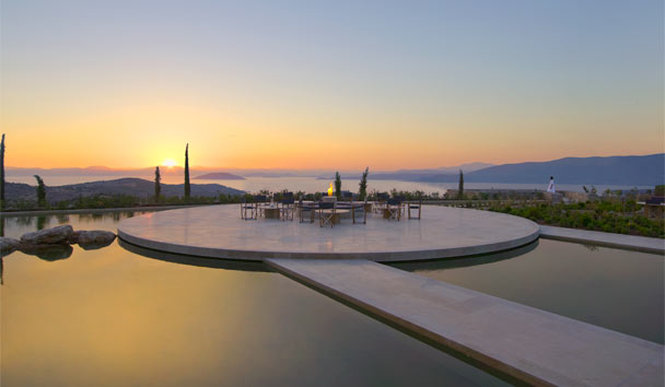 Amanzoe: Floating Terrace