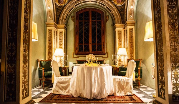 Four Seasons Hotel, Florence: Romantic Dinner in the Chapel