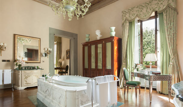 Four Seasons Hotel, Florence: Suite Bathroom