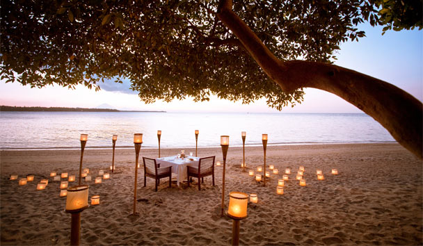 The Oberoi Beach Resort, Lombok: Beach Dining