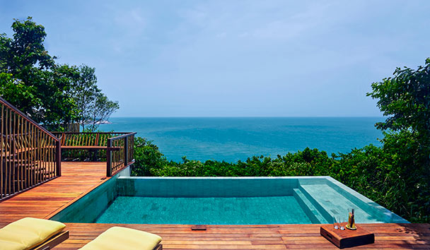 Six Senses Samui: Ocean Front Pool Villa Deck