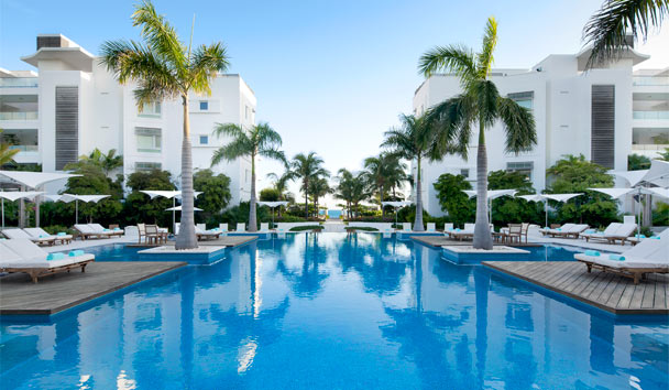 Gansevoort Turks + Caicos, A Wymara Resort: Infinity-edge Swimming Pool
