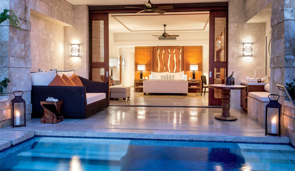 Dorado Beach, a Ritz-Carlton Reserve: West Beach Plunge Bedroom and Pool