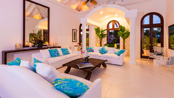 Luxury villa holidays luxury villas 2017 18 elegant for Luxury holidays worldwide