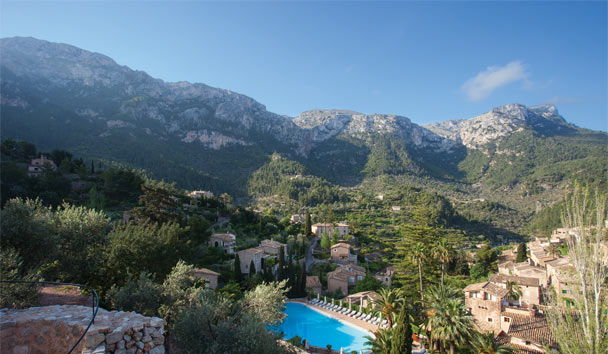 Belmond La Residencia sheltered by the Tramuntana Mountains