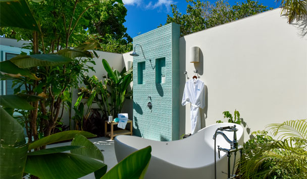 Evangeline at Jumby Bay, A Rosewood Resort: Outside Shower