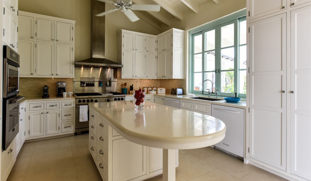 Evangeline at Jumby Bay, A Rosewood Resort: Kitchen