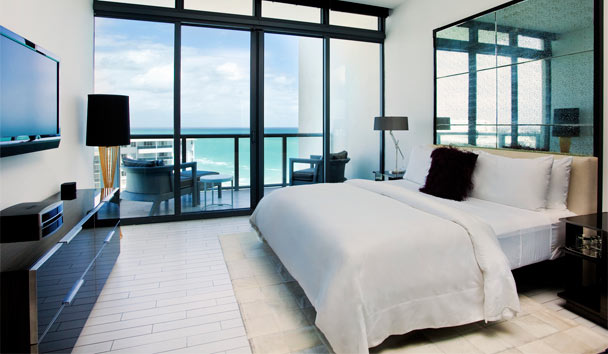 W South Beach: Sanctuary Suite Master Bedroom