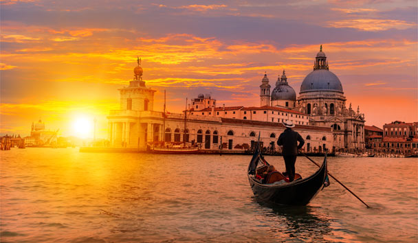 See the Venetian city of love from a romantic gondola
