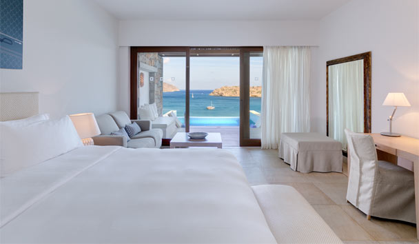 crete chat rooms The iberostar creta marine, one of the best hotels in crete a hotel with bungalows, family rooms and suites with sea views enjoy its private beach.