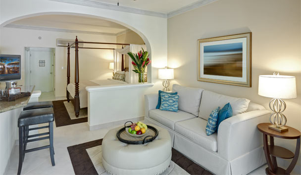 Colony Club by Elegant Hotels: Garden View Suite