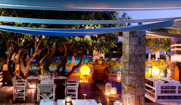 Exclusive Elegance at Elounda: AND Restaurant