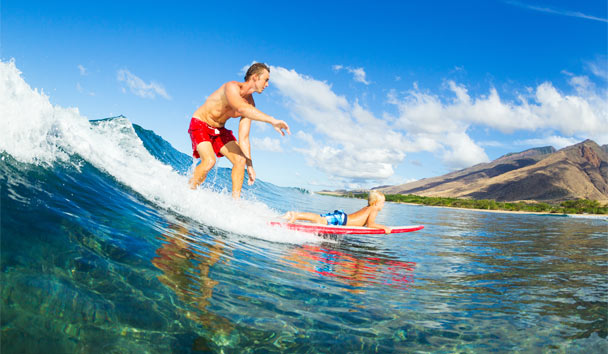Hawaii: Riding the Waves