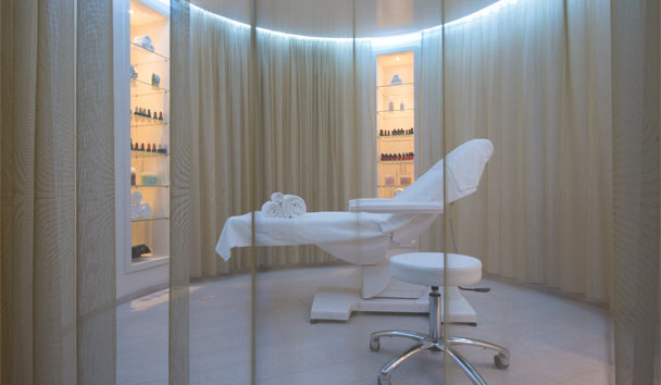 W Verbier: Away Spa Treatment Room