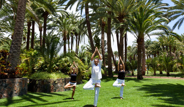Seaside Palm Beach: Yoga