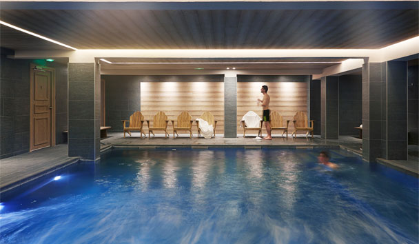 Hotel Fitz Roy: Indoor Swimming Pool