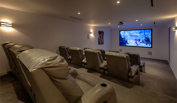 The Beach House, Meads Bay: Home Theatre