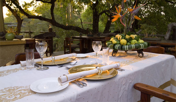 Camp Jabulani: Alfresco Dining