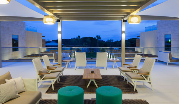 EPIC SANA Algarve Hotel: ByEPIC Bar terrace