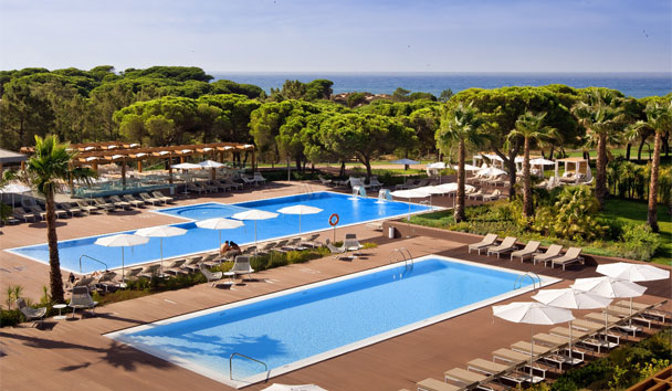 EPIC SANA Algarve Hotel: Swimming pool area