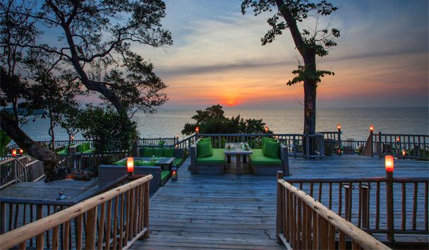 Soneva Kiri: Sunset at The View