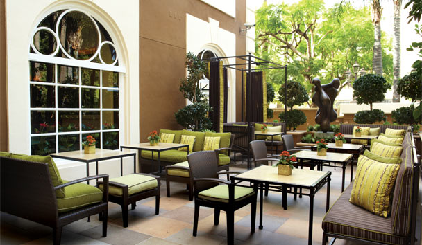 Four Seasons Hotel Los Angeles at Beverly Hills: Culina Terrace