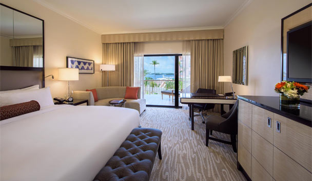 Hamilton Princess & Beach Club: Signature guestroom