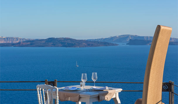 Andronis Boutique Hotel: Restaurant terrace