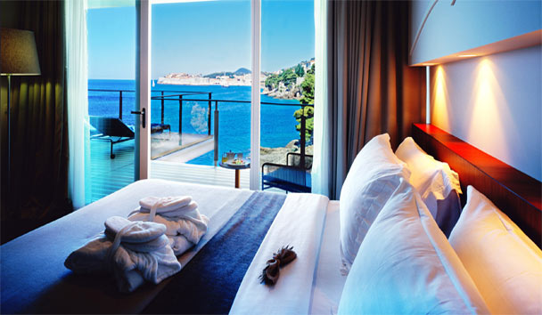 Villa Dubrovnik: Suite Bedroom View