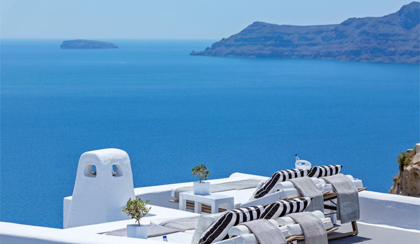 Canaves Oia Hotel: Pool Terrace