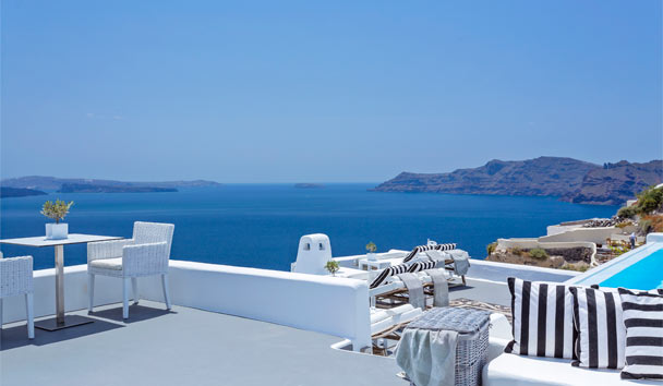 Canaves Oia Hotel: Exterior View