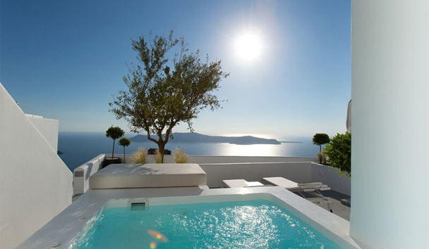 Grace Santorini: Deluxe Room with Plunge Pool
