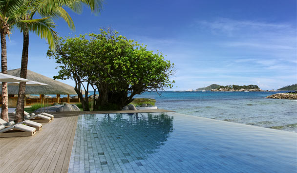 Six Senses Zil Pasyon: Main pool