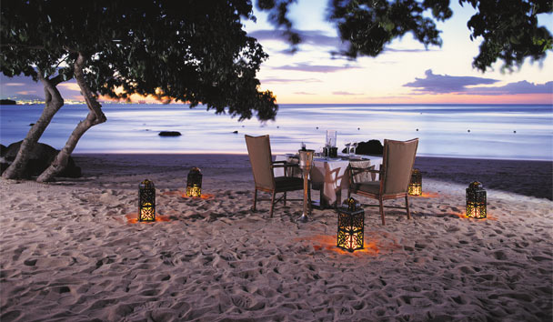 The Oberoi Mauritius: Beach dinner