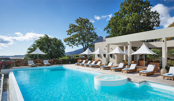 Delaire Graff Lodges and Spa: Swimming pool at the Delaire Graff Spa